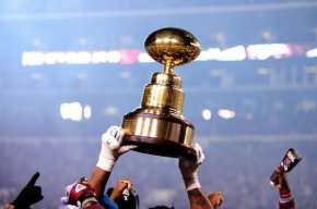 egg-bowl-trophy